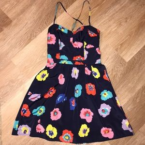 American Eagle floral dress, with pockets!